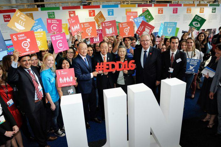 eudevdays - Ban Ki-Moon visiting the UN stand