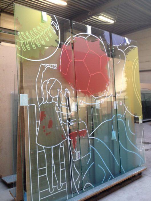 décoration vitrage - impression Uv sur adhésif Ultra-clear